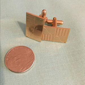 Other - Men's gold tone cuff links